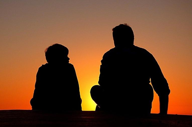Pengertian Rindu dalam Islam dan Cara Menyikapinya